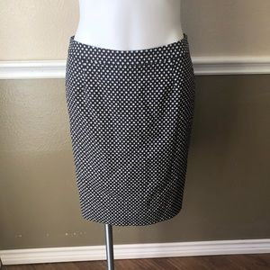 ❄️ Halogen NWT black and white pencil skirt size 6